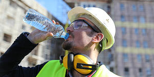 4 Heat-Related Illnesses Construction Workers Should Watch For