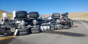 3 Tips to Minimize the Risk of a Big Trucking Insurance Claim
