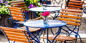 Outdoor dining tips to help restaurants saver on insurance in Philadelphia, Berks County, Pittsburgh, Erie, Harrisburg, PA and far beyond.